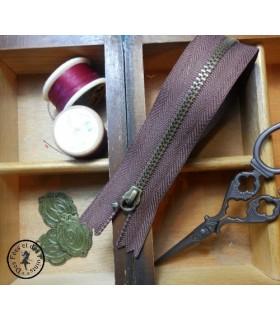 Fermeture éclair métallique avec crochet - 20 cm - Brun chocolat