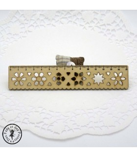 Règle en bois dentelle - Naturel -